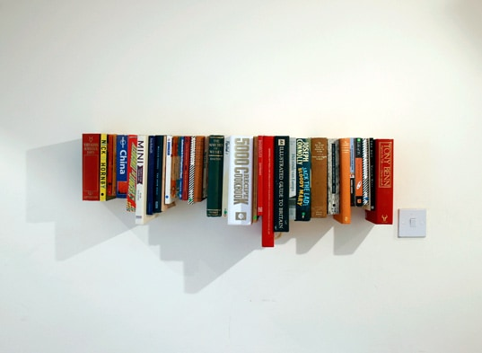 Recycled book shelf