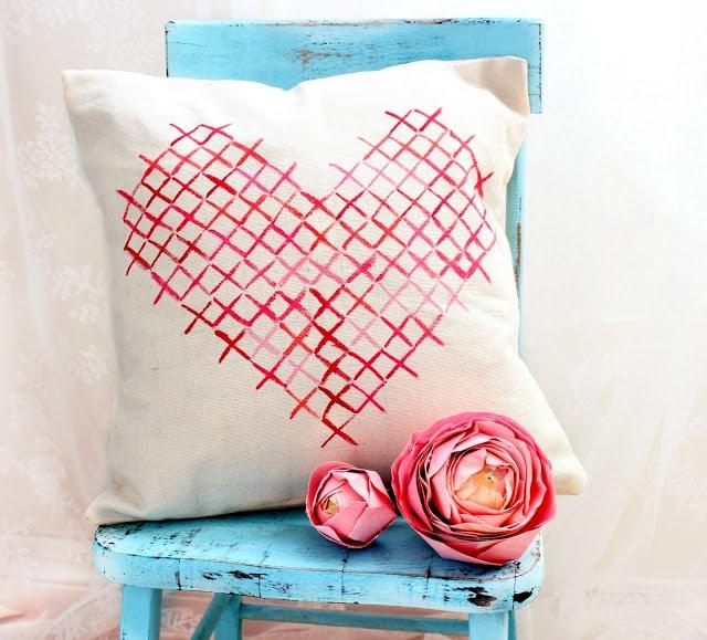 presente-almofada-tecido-dia-dos-namorados-coracao-criativo-diy-craft