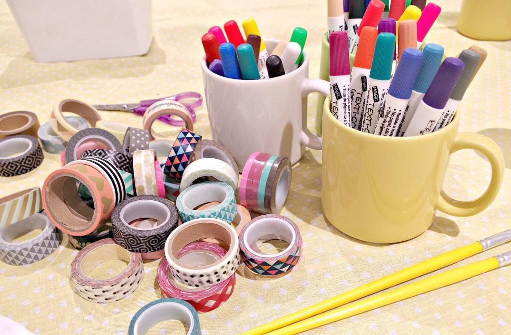 washi tapes e canetas para tecido