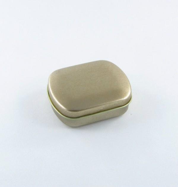 Latinha - Mini caixinha dourada com dobradiça (6 x 6 x 2 cm)