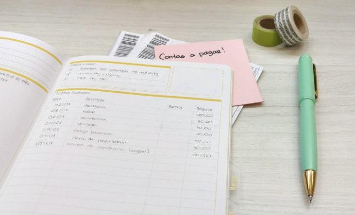 como economizar dinheiro todo mês dicas simples