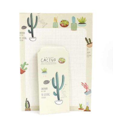 Papel de carta + envelope - Cactus - Padrão quadriculado e fundo bege e verde claro