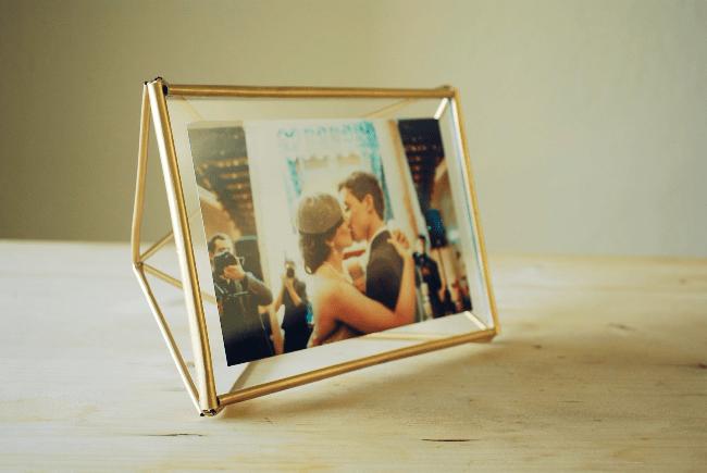 Dicas DIY para presentear seu melhor amigo porta retrato
