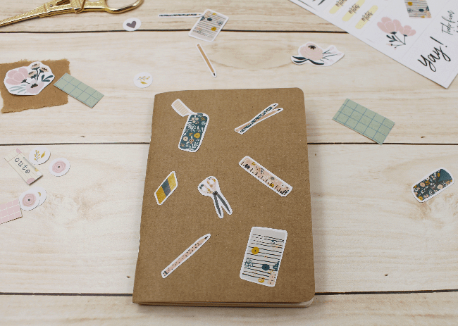 3 Ideias para decorar a capa dos mini blocos para planner com adesivos da A. Craft kraft