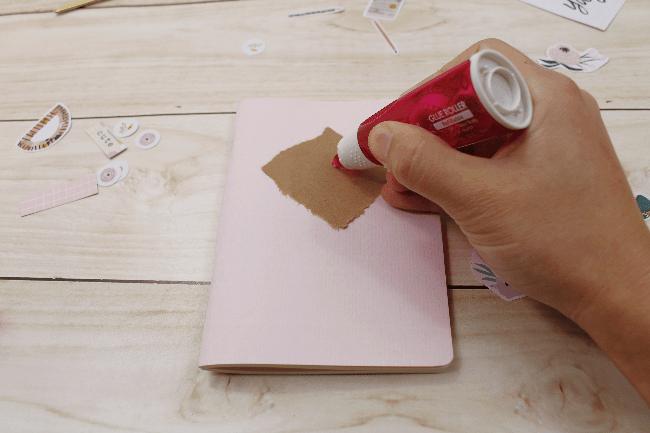 3 Ideias para decorar a capa dos mini blocos para planner com adesivos da A. Craft rosa