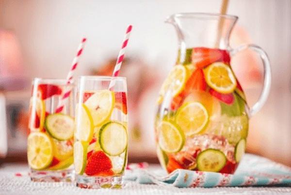 Como beber mais água no seu dia